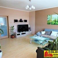 Předem velice děkujeme paní makléřce Pavle Hájkové za pomoc s prodejem bytu Tasovice. - obrázek č. 1