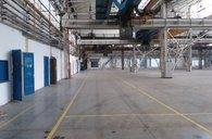 Pronájem halových prostor 1 700 m2 v Ostravě.