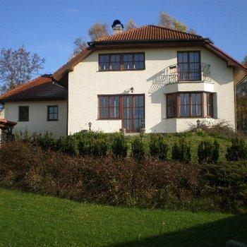 Прекрасный семейный дом в пригороде Марианских Лазней