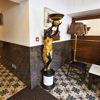 4* hvězdičkový hotel na prodej. 30 pokojů
