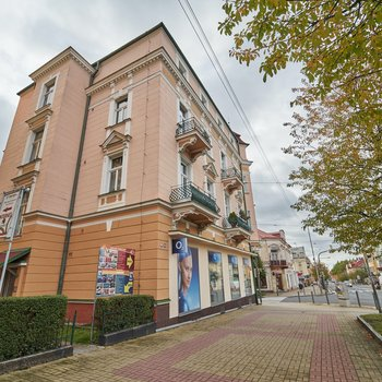 Slunný byt 3+1 v centru mesta na Hlavní třídě