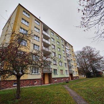 Prodej byty 3+1 v ulici Kubelíkova | Mariánské Lázně - Úšovice