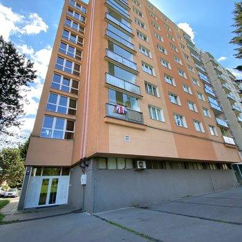 Prodej bytu 2+kk na ulici Školní náměstí | Úšovice
