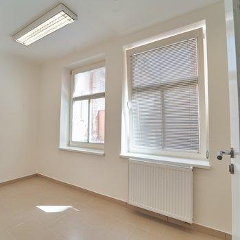 Pronájem kancelářských prostor v centru Mariánských Lázní - ul. Hlavní třída