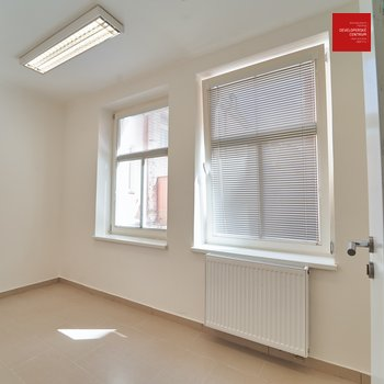 Rent, Commercial Offices, 83m² - Mariánské Lázně - Úšovice