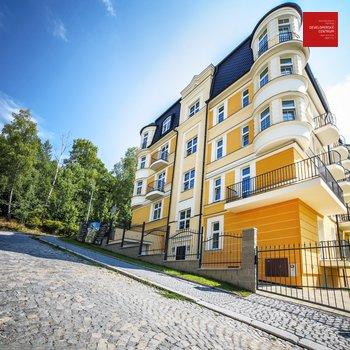Уникальная 4-х комнатная квартира с террасой на крыше дома с видом на Марианские Лазни   Резиденция ВЕСТМИНСТЕР   116,7 м2