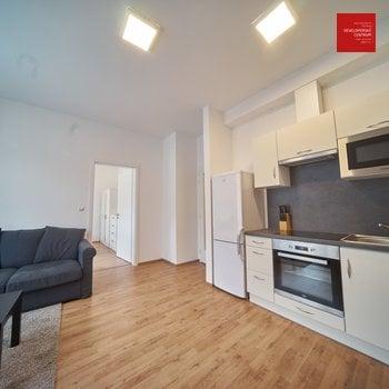 Rent, Flats 1+1, 37m² - Mariánské Lázně - Úšovice