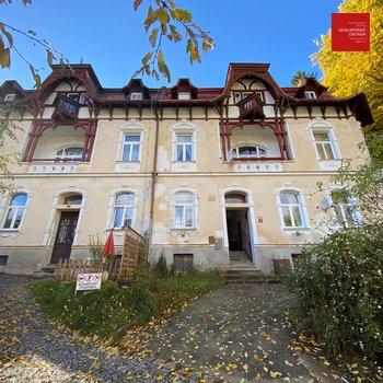 Продажа, 1 комнатной квартиры (2+кк), на улице Русская   Mariánské Lázně