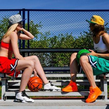 Где поиграть в футбол, хоккей, баскет или волейбол