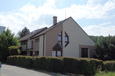 Prodej moderně řešeného rodinného domu v Kolšově, Ev.č.: 5026