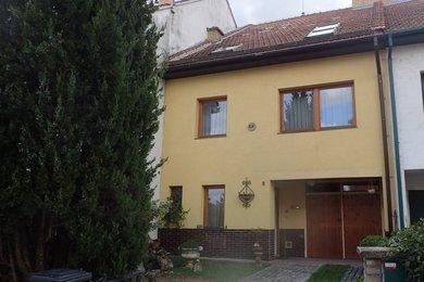 Prodej RD 6+2 s garáží, v klidném místě s výhledem k lesům a chatové oblasti, Brno - Bystrc, Ev.č.: DR1D 259R