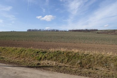 Prodej pozemku pro stavbu RD o výměře 1.060 m2, obec Hostěrádky-Rešov