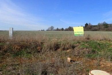 Prodej pozemku pro stavbu RD, 804 m2, v blízkosti CHKO, obec Pozořice