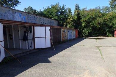 Prodej garáže 20m² na vlastním pozemku, u ul. Černovičky, Brno - Slatina, Ev.č.: DR1G 049R