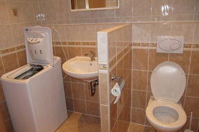 Pronájem celkově zařízeného, zrekonstruovaného bytu 2+kk, ul. Hubrova, Brno - Líšeň, Ev.č.: DR2B 20601R