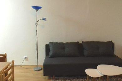 Pronájem celkově zařízeného, zrekonstruovaného bytu 2+kk, ul. Hubrova, Brno - Líšeň, Ev.č.: DR2B 20291R