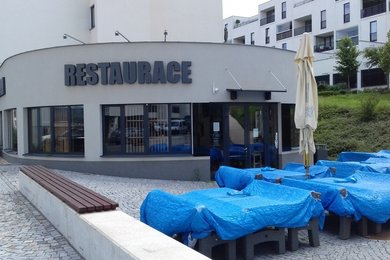 Prodej komerční nemovitosti - novostavby - kompletně vybavené restaurace se zahrádkou, na vlastním pozemku, Brno - Bystrc, Ev.č.: DR1KR 063R