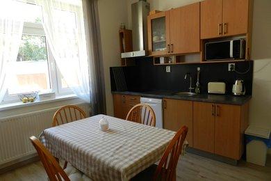 Pronájem bytu 2+1, 70m², v cihlovém domě, na ul. Viniční, Brno - Židenice, Ev.č.: DR2B 21055R