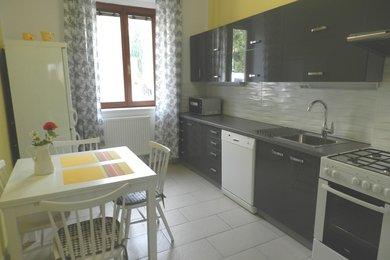 Pronájem zrekonstruovaného, celkově zařízeného bytu 3+1, Brno - Židenice, ul. Viniční, Ev.č.: DR3B 31707R