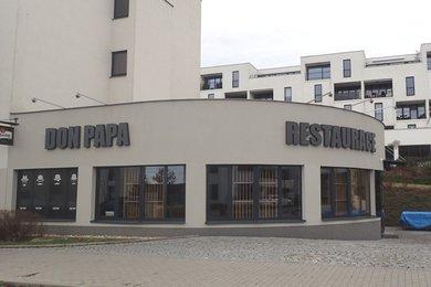 Prodej komerční nemovitosti - novostavby - kompletně vybavené restaurace se zahrádkou, na vlastním pozemku, Brno - Bystrc, Ev.č.: DR1KO 708R