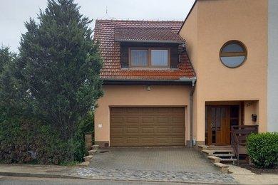 Prodej rodinného domu 5+1 s dvojgaráží, kolaudovaného v r.2006, Říčany u Brna, ul. Brněnská, Ev.č.: DR1D 275R