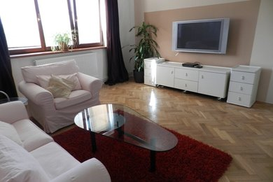 Pronájem zrekonstruovaného, celkově zařízeného bytu 3+1, Brno - Židenice, ul. Viniční, Ev.č.: DR2B 31306R