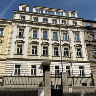 Prodej bytu 3+kk, 89m² - Holečkova 18, Praha 5