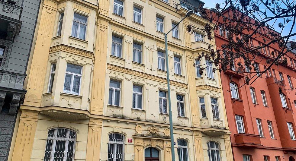 prodej-byty-4-kk-87m2-ulice-polska-1505-40-praha-vinohrady-img-8439-1a1375