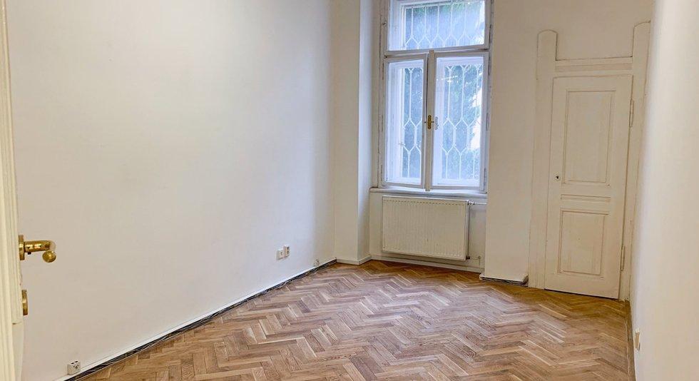 prodej-byty-4-kk-87m2-ulice-polska-1505-40-praha-vinohrady-img-8420-5c3347