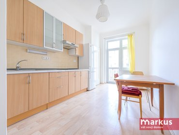 Pronájem bytu 2+1 /83m²/ s balkónem, Praha 6 - Dejvice
