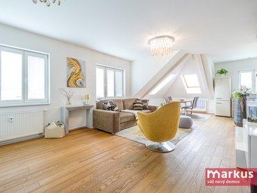 Prodej pěkného půdního bytu 2+kk /80m²/, Praha 10 - Vršovice