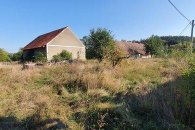 Prodej stavebního pozemku 1316m² v kat. území Dunávice, obec Netvořice, okr. Benešov, Ev.č.: 00105