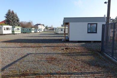 Pronájem komerčního pozemku o výměře 2200 m², Stochov - Slovanka, Ev.č.: 00005