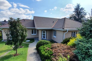 Prodej RD 4+1/G, Kladno - Ostrovec, ul. Ostrovecká, pozemek 997 m², Ev.č.: 00204