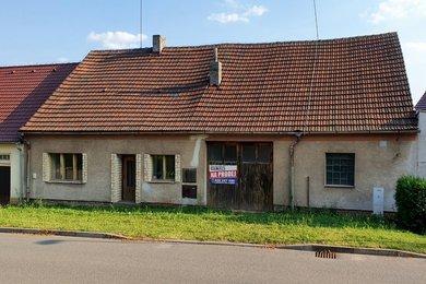 Prodej řadového RD, Řevničov ul. Vosykova, pozemek 374m2, Ev.č.: 00040