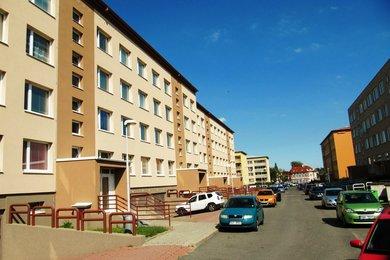 Prodej bytu 2+kk, DV, 1. NP, 44m², ul. Uherská - Praha 9 - Vinoř, Ev.č.: 00057