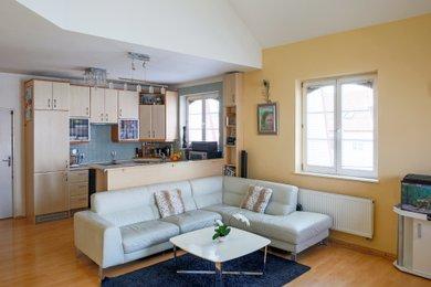 Prodej bytu 5+kk, 125m2, vč. garáže, sklepa. Brno, Řečkovice, ul. Duhová, Ev.č.: 00134