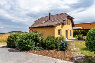 Prodej, Rodinné domy, 180m² - Chyňava
