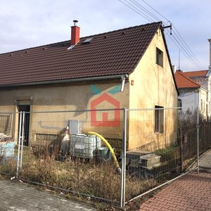 Prodej, Rodinný dům v rekonstrukci, 263 m² se zahradou 295 m2- Hořovičky okr. Rakovník