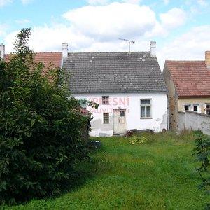 Prodej ŘRD se zahradou ve Velešíně