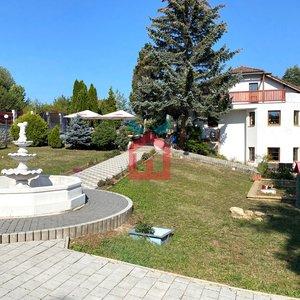 Prodej, Dvougenerační rodinný dům 217m² + Bungalov 76m²  - Trmice - Koštov