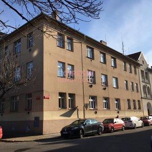 Prodej velkého zděného bytu v Č. Budějovicích, Havlíčkova kolonie