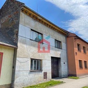 Prodej, Rodinné domy, 726m² + zahrada  404m²- Tlumačov