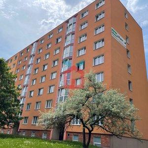 Prodej, Byty 4+1, 87m² + lodžie a 2x sklep - Sokolov