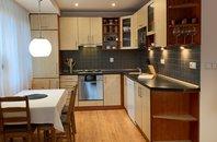 Velkometrážní byt 3+kk s lodžií, po kompletní rekonstrukci, 75 m2, OSVL, 2NP/10NP, ul. Gen. Janka, Ostrava