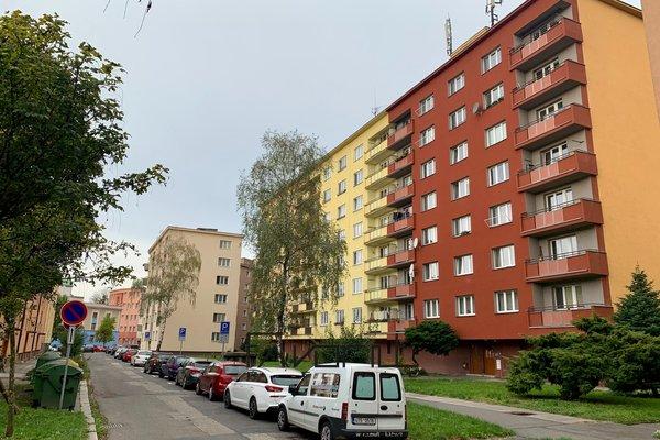 Byt 2+1 s balkónem, DRVL, 3NP/8NP, ulice Bachmačská, Ostrava - Moravská Ostrava