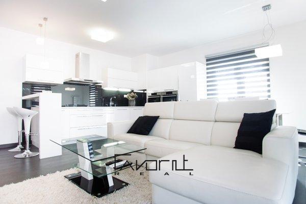 Nabízíme k pronájmu nadstandardní byt 3+kk s balkonem, v luxusní novostavbě, 2NP/5NP, OSVL, 99 m2, na ul. Vítězná, Ostrava - Moravská Ostrava