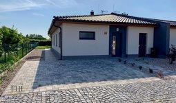 Pronájem, Rodinného domu, 128m² - Pardubice - Svítkov