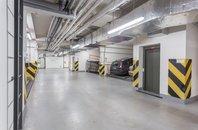 Pronájem, Garážové stání - parklift, 14m² - Praha - Kbely