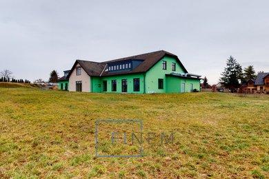 Pronájem obchodní prostory s pozemkem 4335m² - Kojetice, Ev.č.: 061-19-008